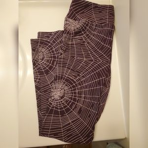 Lularoe Halloween spider web leggings